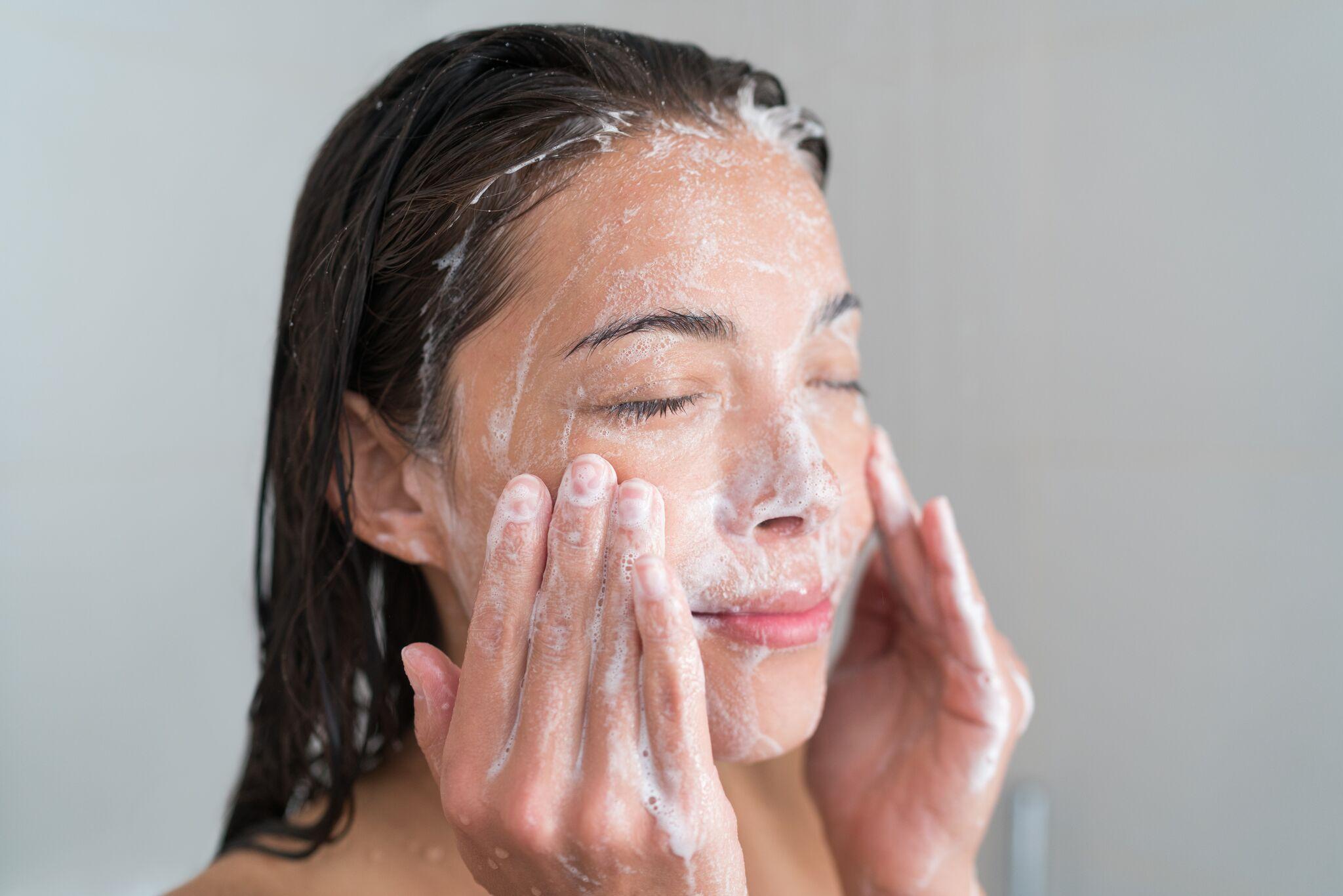 Chicago IL Facial Cosmetics